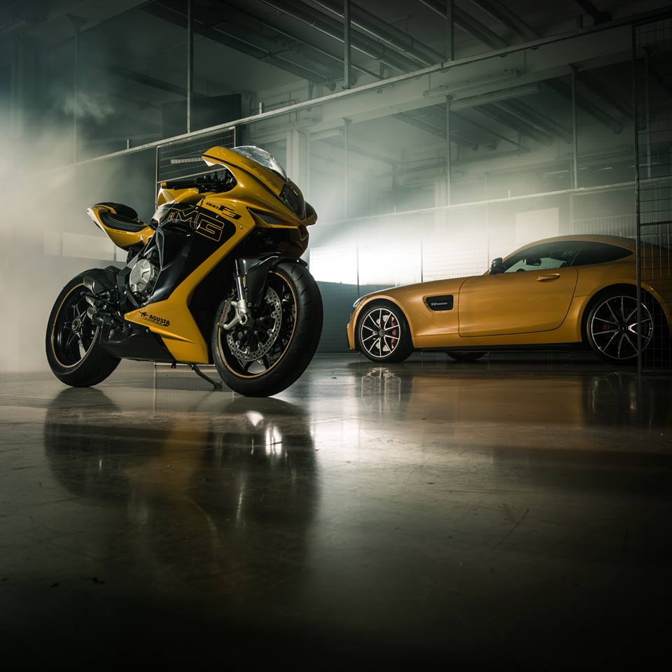 Mercedes amg and mv agusta amg gt s bike for Mercedes benz bicycle for sale