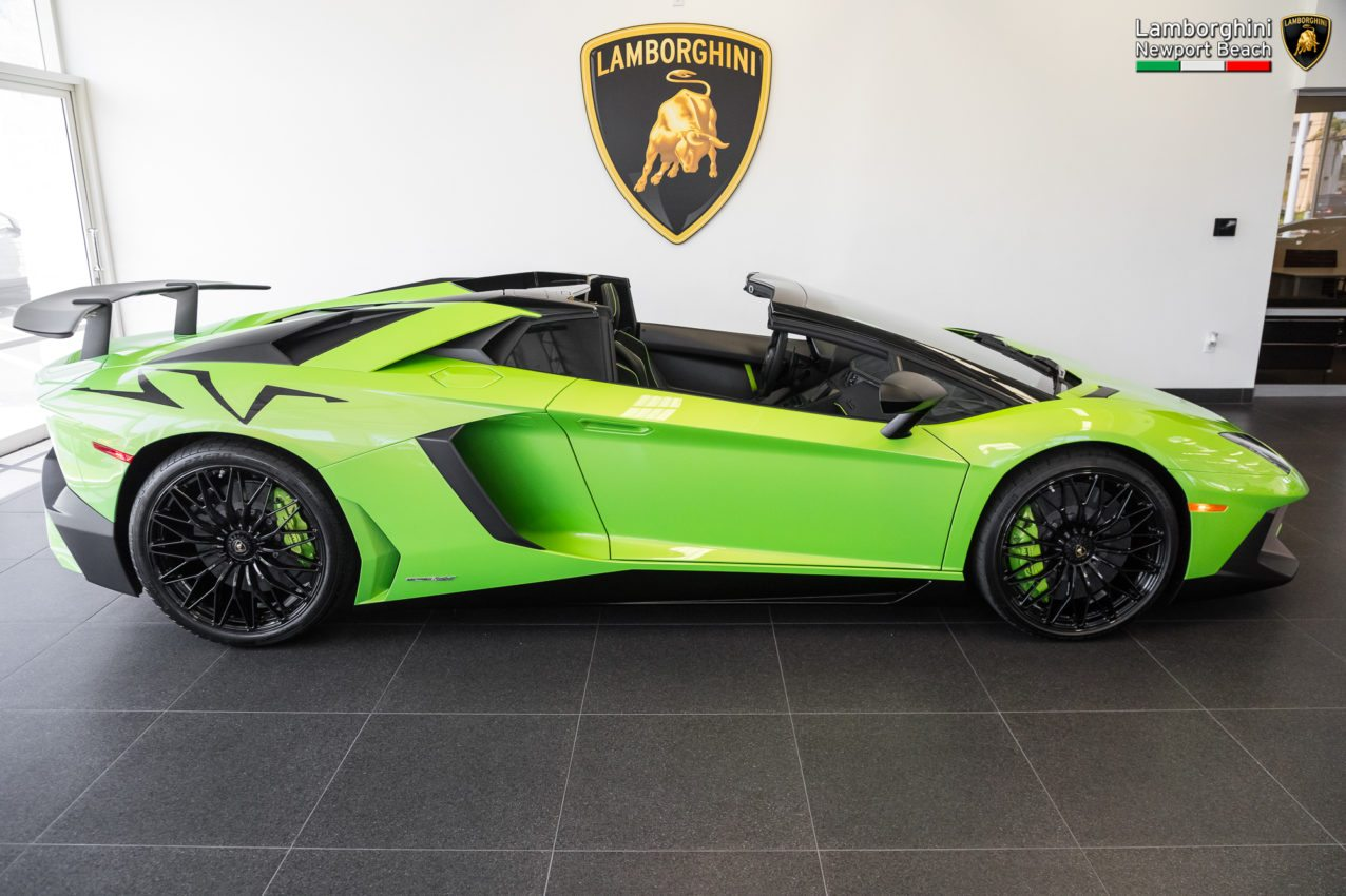 Lamborghini Veneno For Sale >> Verde Ithaca 2017 Lamborghini Aventador SV Roadster Sold and Delivered